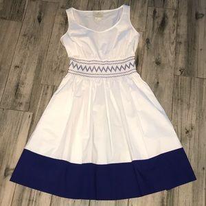 Kate Spade XS dress White Blue smocked knee length